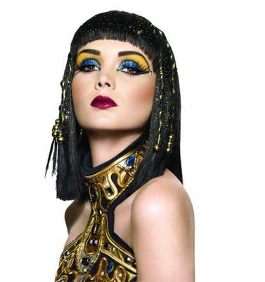 Kleopatra makeup a umelé mihalnice | muartistrybylj.blogspot.com