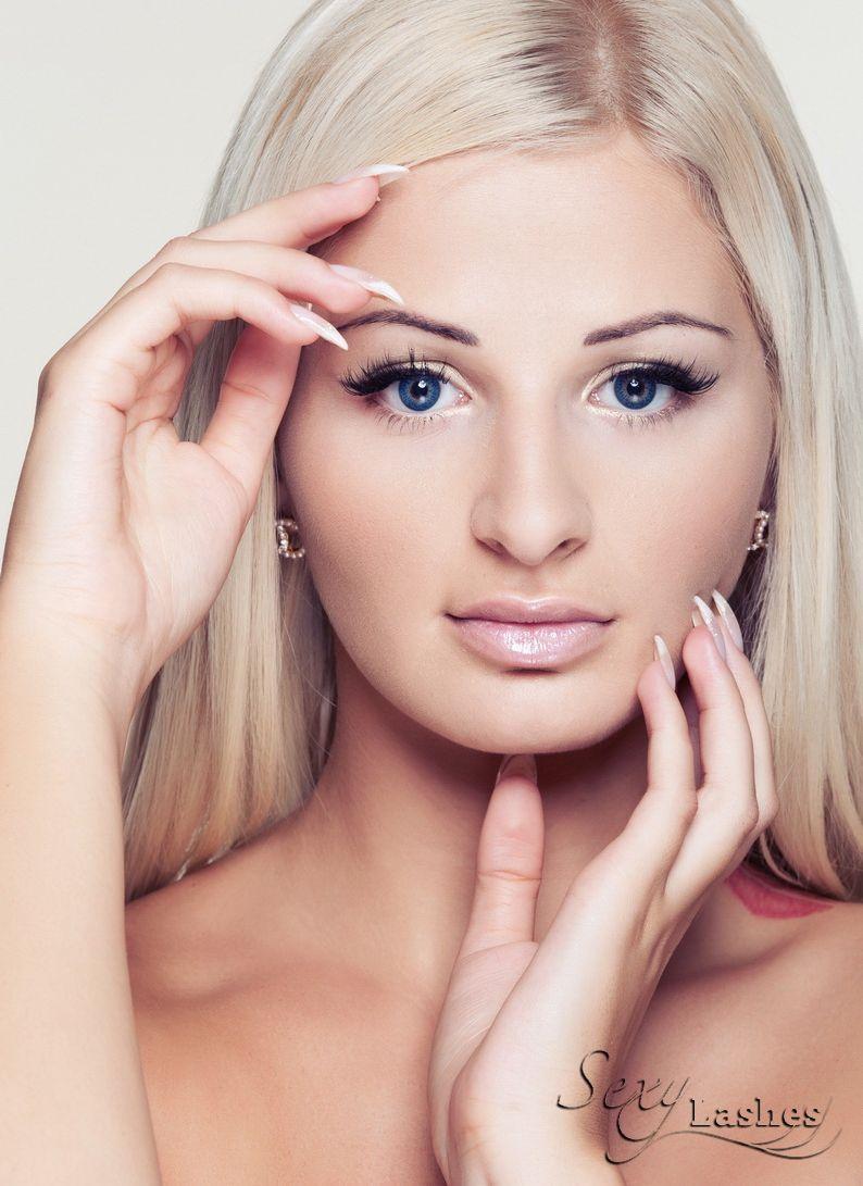 zuzana plačková sexy lashes | creation-business.eu