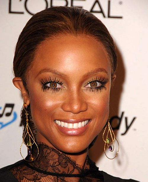 Tyra Banks fake lashes celebrity umelé mihalnice